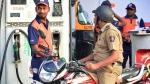 पुलिस ने पेट्रोल पंप डीलरों को दी बोतल में पेट्रोल बेचने को लेकर दी चेतावनी