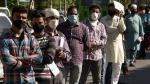 लॉकडाउन: सुजुकी मोटरसाइकिल ने प्रवासी मजदूरों के लिया बढ़ाया मदद का हाथ, बांटे फूड पैकेट