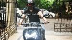 Emran Hashmi Spotted Riding Kawasaki Z900: इमरान हाशमी कावासाकी जेड900 चलाते दिखे, देखें तस्वीरें