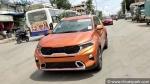 Kia Sonet Spied First Time After Global Unveil: किया सॉनेट पेश किये जाने के बाद पहली बार आई नजर