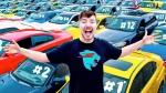 YouTuber Giving Away 40 Cars: यह यूट्यूबर अपने फैन्स को बाँट रहा 40 कार, जानें क्यों