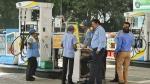 Petrol Price Hike Delhi: पेट्रोल की कीमत दिल्ली में अपने उच्चतम स्तर पर पहुंची, जानें कितनी हुई वृद्धि