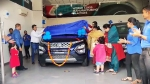 Tata Motors Delivered 100 Safari: टाटा मोटर्स ने एक दिन में ही डिलीवर की 100 नई टाटा सफारी, जानें