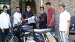 रेलवे के हीरो मयूर शेल्के को मिली नई जावा मोटरसाइकिल, जल्द ही मिलेगी महिंद्रा थार