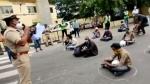 Corona Curfew तोड़ने वालों के 2,200 वाहन Bengaluru Police ने किए सीज, दिलाई बाहर न निकलने की शपथ