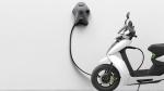 दिल्ली में इलेक्ट्रिक वाहन के लिए चार्जर लगाना हुआ आसान, सरकार ने लागू किए नए नियम