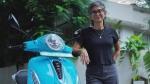 Bollywood निर्माता-निर्देशक Kiran Rao ने खरीदी Bajaj Chetak इलेक्ट्रिक स्कूटर, तस्वीरें आईं सामने