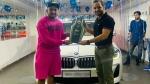 Prithvi Shaw ने IPL खत्म होने के बाद खरीदी नई BMW कार, सवारी करते हुए दिखाई दिए