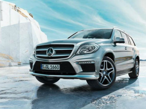 mercedes benz drives new gl class aid0154