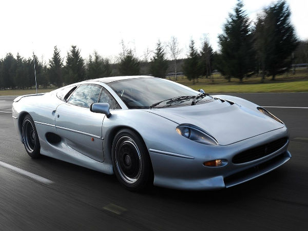 world s fastest cars jaguar xj 220