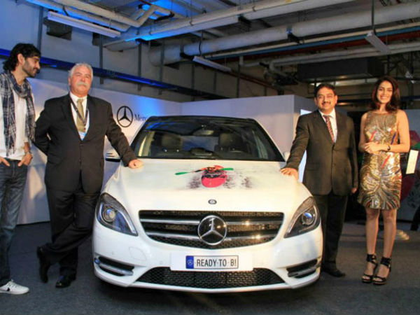 mercedes benz invest rs 400 crores india