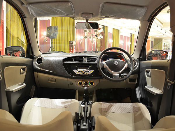 Maruti suzuki alto k10 launched in bangalore price specs for Interior decoration of maruti 800