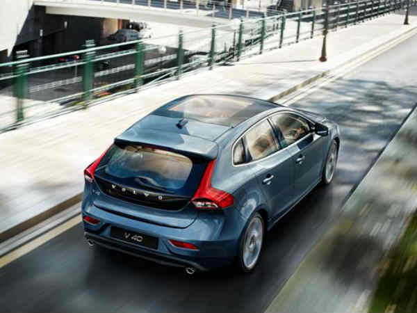 Volvo V40 launched in India