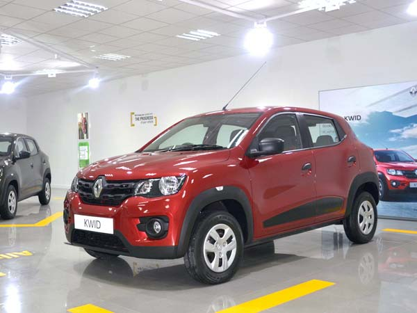 Renault Kwid, Mini Duster, 1.0 Lt, Hatchback, Entry Level, Touchscreen, Cars - See more at: http://www.iautoindia.com/articles/2016/economy-car/renault-kwid-10l-amt-india-launch-likely-this-month-5-887333.html#sthash.3Xbmsg57.dpuf