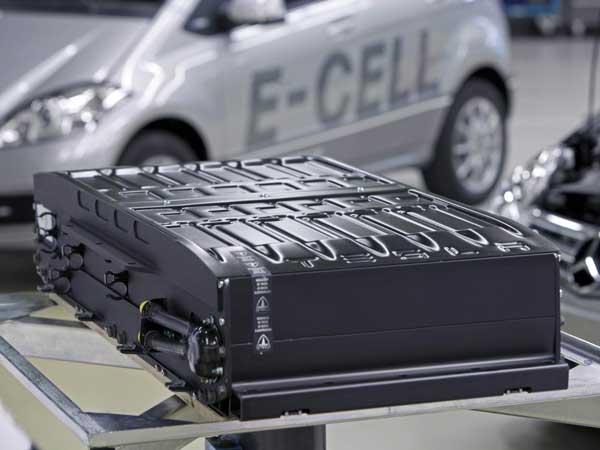 ISRO ने दिया ऑटो जगत का भविष्य बदल देने वाली बैटरी का Offer, जानिए क्यों महत्वपूर्ण है यह खबर