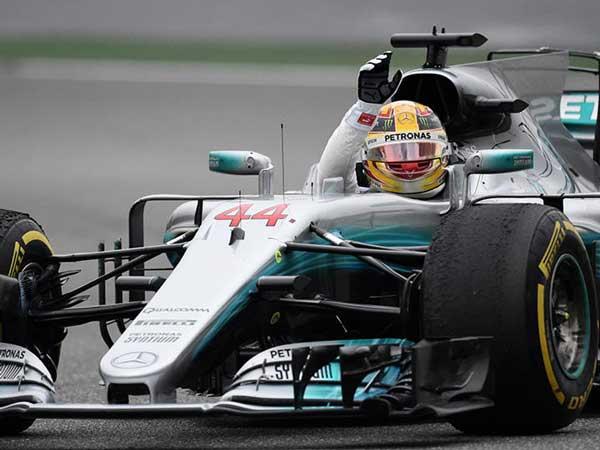 Lewis Hamilton ने जीती F1 Chinese GP