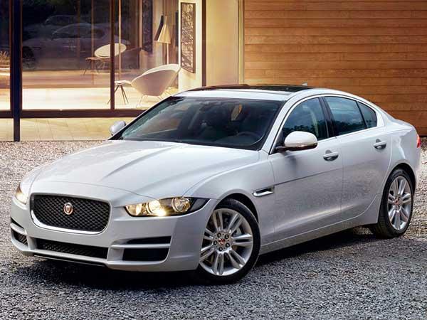 भारत में शुरू हुई Jaguar XE के डीजल वैरिएंट की बुकिंग