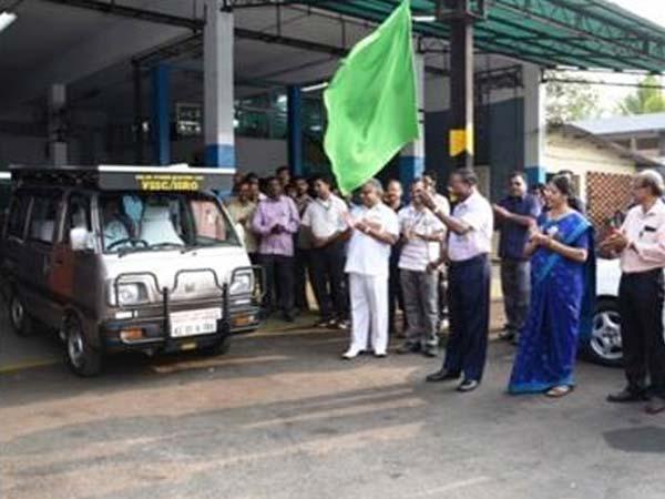 खुशखबरीः ISRO ने डेवलप किया एक सोलर इलेक्ट्रिक कार, ईंधन से मिलेगी मुक्ति?
