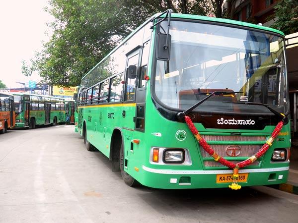 टाटा मोटर्स ने बंगलुरू ट्रांसपोर्ट को दिया 30 बसों का उपहार