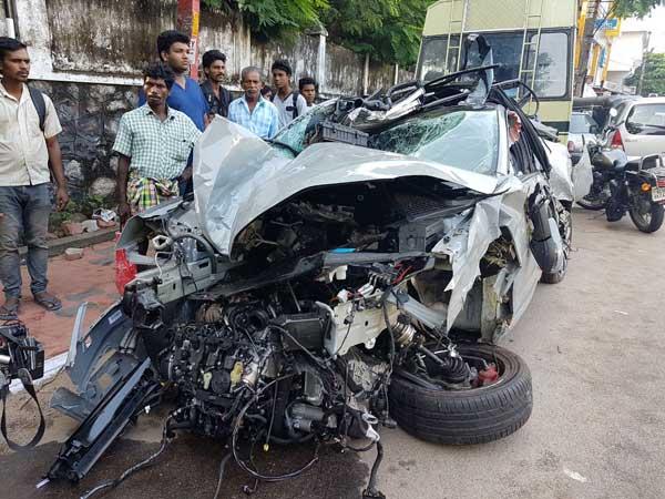 भारत में दुर्घटनाग्रस्त हुई पहली स्कोडा ओक्टेविया आरएस, बन गई भूर्ता