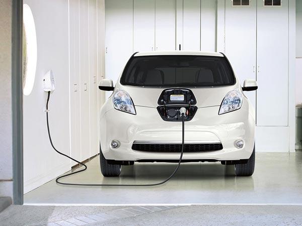 10 हजार इलेक्ट्रिक कारों का और भी आर्डर दे सकता है ईईएसएल, जानिए कब तक?