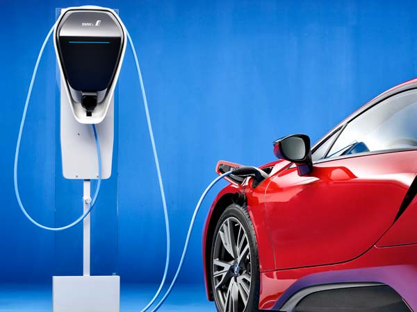 2024 से बिक्री पर होंगे आल इलेक्ट्रिक व्हीकल्स, सियाम ने पेश किया रोडमैप