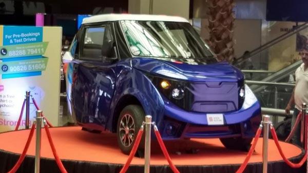 भारत की सबसे सस्ती इलेक्ट्रिक कार स्ट्रॉम मुंबई में पेश - जानें कीमत