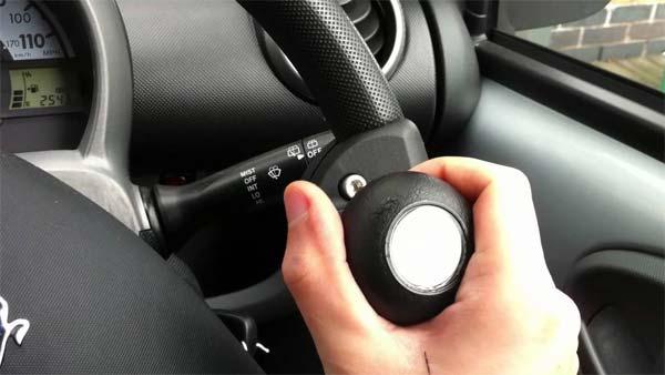 car accessories जो आपकी जान के लिए खतरनाक हो सकते हैं