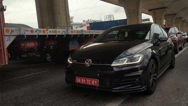 लॉन्च से पहले Volkswagen Golf GTD टेस्टिंग के दौरान हुई स्पॉट