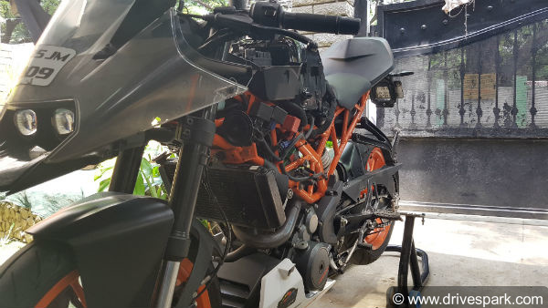 मंत्रा रेसिंग पार्ट्स से अपनी KTM Duke को बनाईये पॉवरफुल रेसिंग बाइक