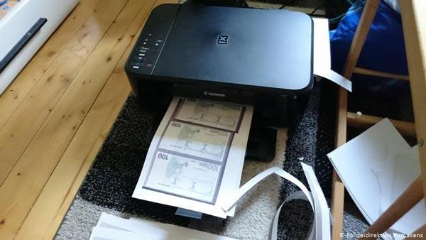 नकली नोट लेकर कार खरीदने चली थी महिला, पुलिस ने पकड़ा