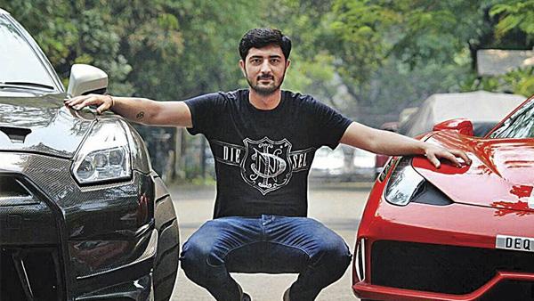 दिल्ली में लग्जरी कार में स्टंट करने वाला युवक पकड़ाया, निकला बीजेपी नेता का भतीजा