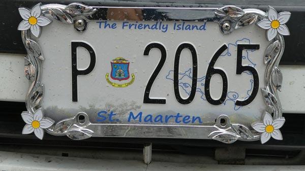 वाहनों पर फैंसी नंबर प्लेट लगाने पर होगी कारवायी, 2275 वाहन मालिकों पर लगा जुर्माना