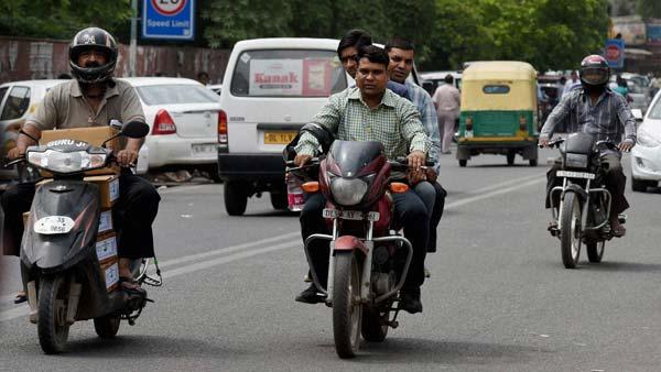 बैंगलोर पुलिस ने सरकार से मांगी जुर्माने में वसूली गई राशि, शहर के यातायात सुविधाओं में करेगी सुधार