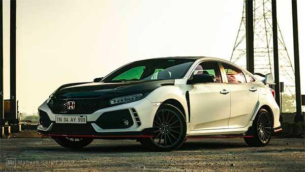 3 लाख में होंडा सिविक को मॉडिफाई कर बनाया स्पोर्ट्स कार, देखें तस्वीरें