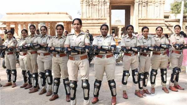 बैंगलोर पुलिस ने शुरू की 'वी फॉर वुमेन' बाइक ब्रिगेड, महिला सुरक्षा को देगी बढ़ावा