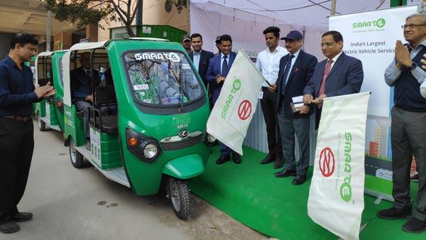 दिल्ली वालों के लिए खुशखबरी, 12 नए मेट्रो स्टेशनों पर ई-रिक्शा परिचालन हुआ शुरु