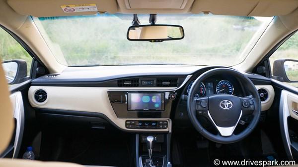 कार में स्टीयरिंग व्हील दांई ओर होने की है ऐसी वजह, जो आपने कभी नहीं सुनी होगी