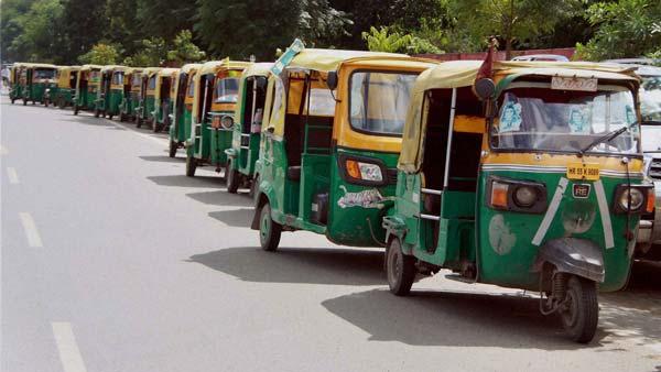 कोरोना महामारी: ठाणे में मरीजों के लिए शुरू हुई स्पेशल ऑटो की सुविधा