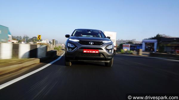 2020 टाटा हैरियर बीएस6 ऑटोमेटिक रिव्यू: इंजन, अपडेट, ड्राइविंग अनुभव जानकारी