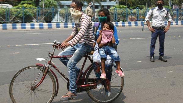 Migrants Tricked Into Selling Off Cycles: प्रवासी मजदूरों को धोखा देकर उनकी साइकिल खरीदने की कोशिश
