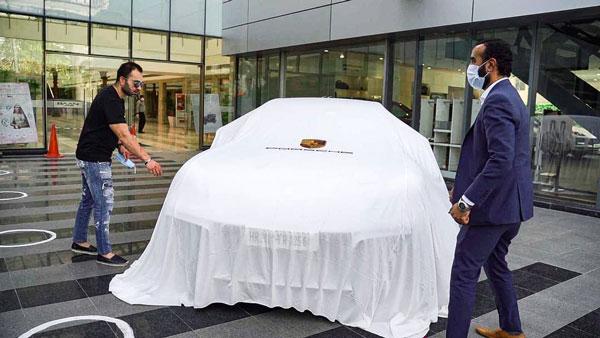 Virat Kohli's Brother Buys Car: विराट कोहली के भाई ने डीलरशिप खुलते ही खरीद ली करोड़ो की यह कार