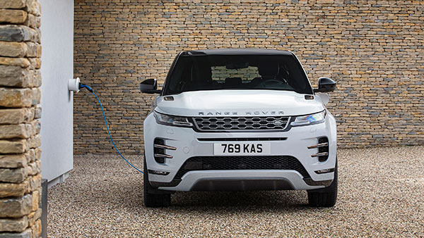 BS6 Land Rover Discovery Sport & Evoque Deliveries Begin: लैंड रोवर डिस्कवरी व इवोक की डिलीवरी शुरू