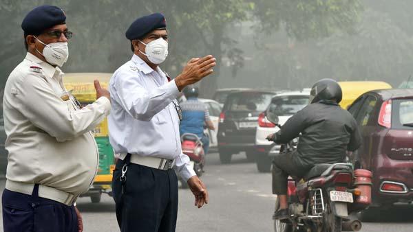 UP To Increase Traffic Violation Fine: उत्तर प्रदेश सरकार ने ट्रैफिक नियम उल्लंघन पर बढ़ाया जुर्माना