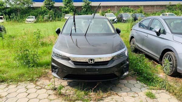 2020 Honda City Reaches Dealerships: नई होंडा सिटी लॉन्च से पहले पहुंची डीलरशिप, देखें