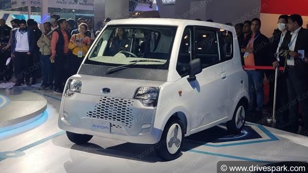 Mahindra Atom Features Revealed: महिंद्रा एटम इलेक्ट्रिक कार के फीचर्स का हुआ खुलासा, देखें वीडियो