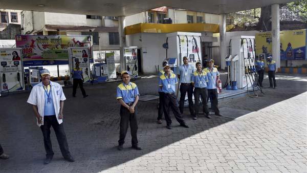 अब कैदी भरेंगे अपकी गाड़ी में तेल, केरल में शुरु हुआ यह नियम