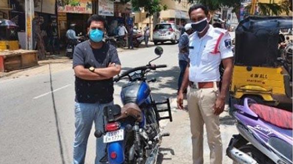 Bikes With Loud Exhaust Fined: बाइक में लाउड एग्जॉस्ट लगाने वालों की खैर नहीं, लग रह बड़ा जुर्माना