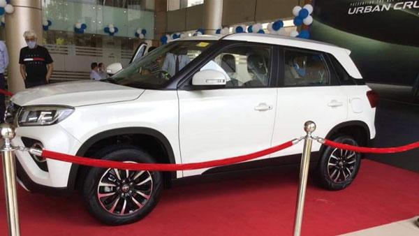 Toyota Urban Cruiser Reaches Dealership: टोयोटा अर्बन क्रूजर पहुँची डीलरशिप, देखें तस्वीरें