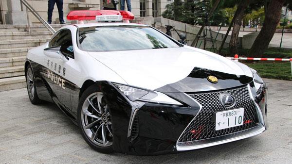 Lexus LC 500 In Japanese Police Fleet: जापानी पुलिस बेडे़ में शामिल हुई लेक्सस एलसी 500 सुपर कार